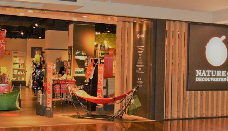 nature d couvertes place des halles centre. Black Bedroom Furniture Sets. Home Design Ideas